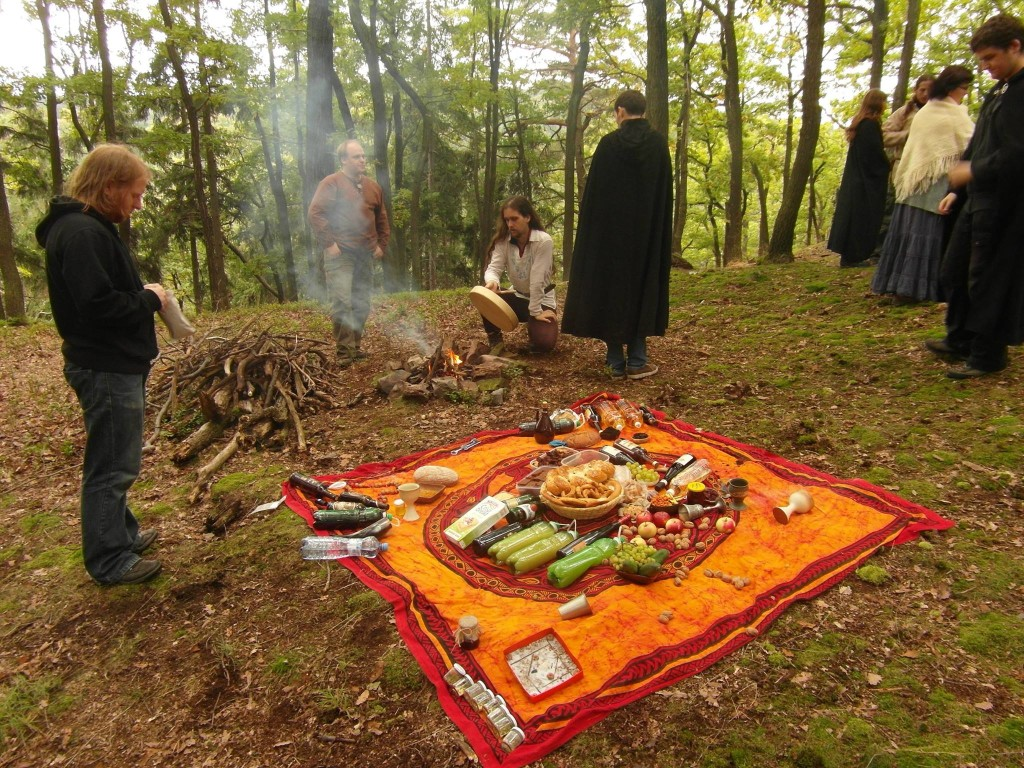oltar_podzimni_rovnodennost