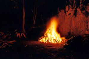 fire-777345_1280